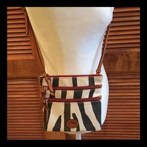 NWOT-Authentic DOONEY & BOURKE crossbody bag